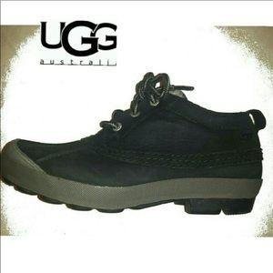 Ugg Australia magpie black duck boots